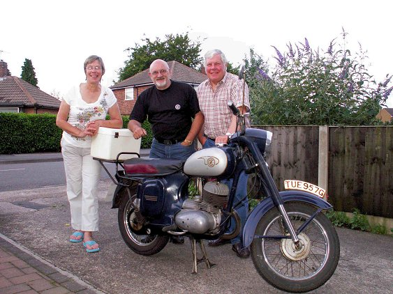 Norma Burgess-Lowe, Pete Edwards, Ray Burgess-Lowe